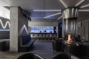 stage-club-Totale_Kaminzimmer_002